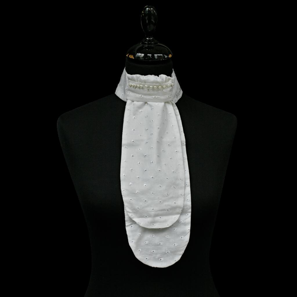 St. White w holes, 1 row pearl